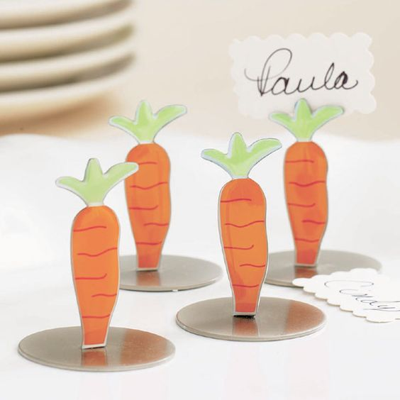 Carrot place card holders