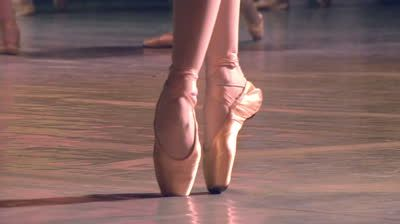 stock-footage-group-of-ballet-dancers-ballerina-shows-classic-ballet-pas-slow-motion-at-a-rate-of-fps.jpg (400×224)
