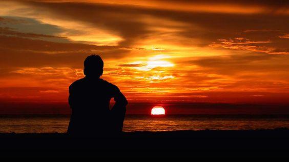 Salah seorang cerdik-cendekia Eropa, sebagaimana dikisahkan kembali oleh Syeikh Tontowi Jauhari dalam tafsir 'ilmi-nya Al-Jawahir, menulis sebuah buku berjudul al-Kuukhul Hindi yang berarti gubuk atau pondokan orang India. Di dalam buku tersebut diceritakan ada seorang masehi, pengikut Nabi Isa, hidup mengembara dari belahan bumi barat hingga timur. Ia mengelilingi negeri Mesir, Suriah, dan negeri-negeri lainya. …