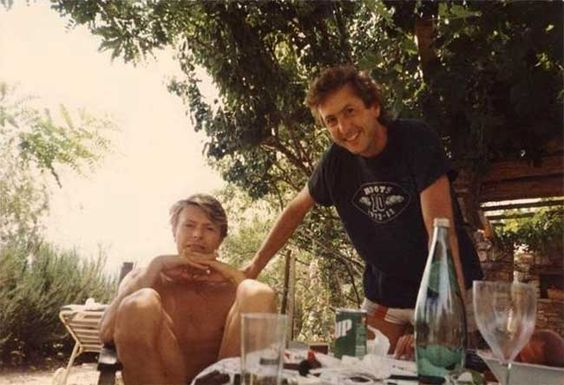 Rare and beautiful celebrity photos | David Bowie and Eric Idle