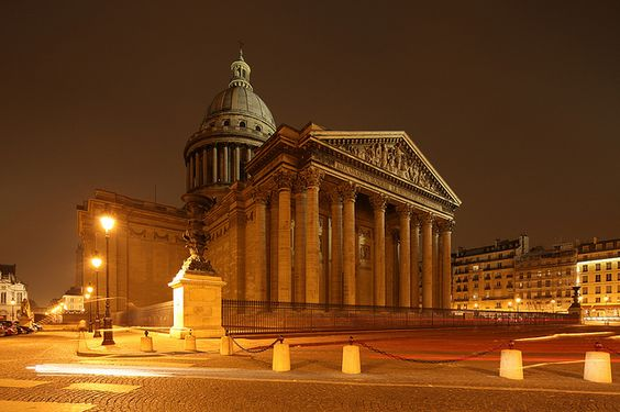 Paris Pantheon by David Bank. -BOUDOIR pieces: Romantic, vain, convivial, petty— defining Paris