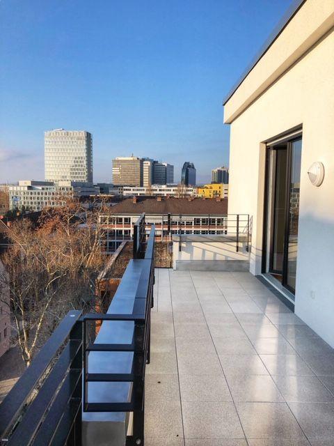 Die Hat Man Hier Wohnkonzept Patio In Frankfurt Bockenheim Weitere Informationen Und Gleich Online Einen Besichti Haus Verkaufen Wohnung Mieten Wohnung Kaufen