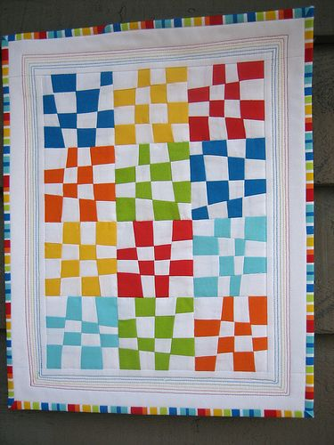 Love this quilt. Carol pulled solid fabrics that matched the binding find. xxx: