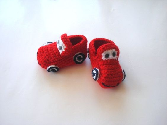 crochet red cars baby shoes