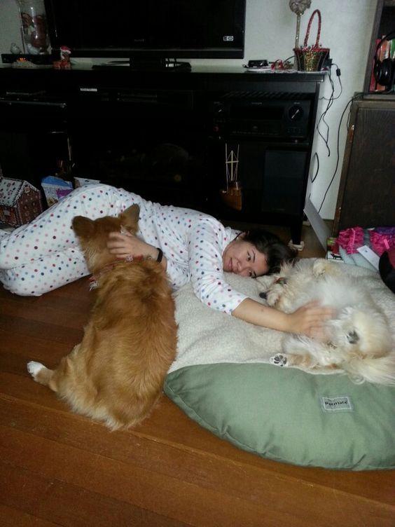 Meg and BayLee  getting  their cuddles by Taryn.