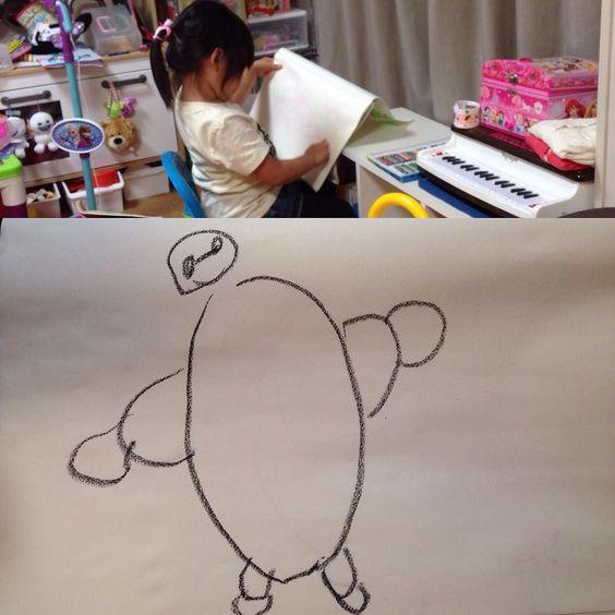 Aya's Baymax from Big Hero 6! 何も見ずにベイマックスを書いてきたアヤ笑おうと思っていたら予想外にきちんと書けていて驚き(;) (by ryu_aya_papa)