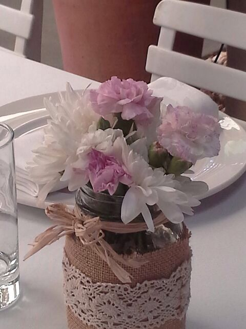 DIY - vases can be used for flower decorations