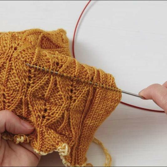 Better Than Frogging How To Fix Knitting Mistakes Knitting Easy Knitting Moss Stitch