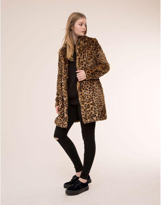 Pull&Bear - mujer - abrigos y parkas - abrigo pelo estampado leopardo - camello - 09752322-I2015