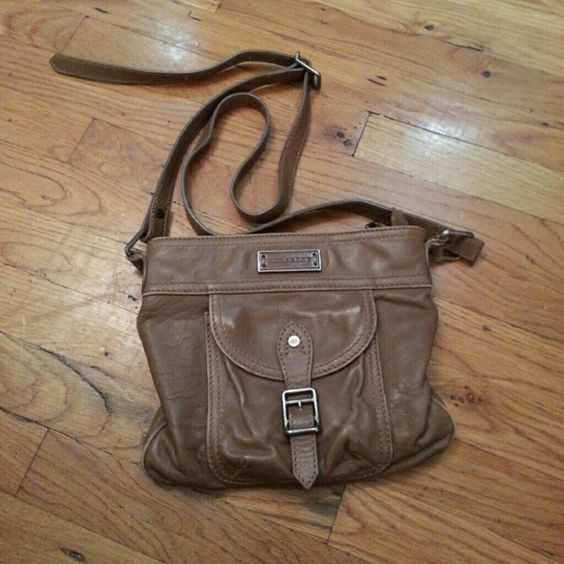 ❗️Discounted❗️Burberry brown leather crossbody bag Stylish leather bag with lots of space. Has some fading in the front (pic #4) and some discoloration in the bag (not visible when wearing). Burberry Bags Crossbody Bags