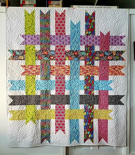 Ribbon Box Quilt made by Diane Minkley Quilts, The Free Patterns by Cloud9  Fabrics   Ribbon quilt, Quilts, Star quilt patterns