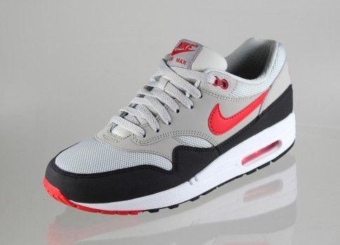 Nike Air Max 1 Essentiels Rouges De Refroidissement
