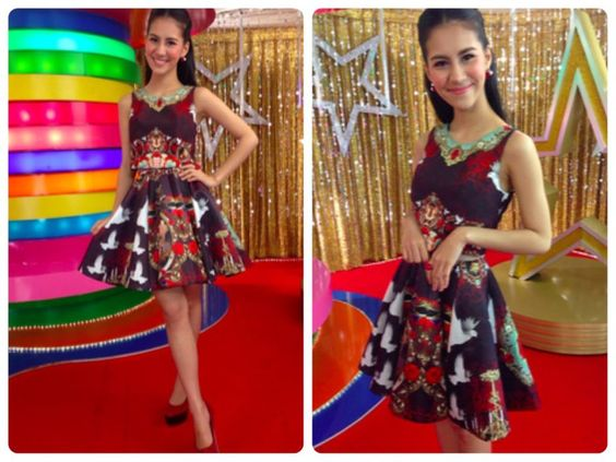 Special Thanks to Khun Mink Umiko Tsuchiya, looking Gorgeous in Rococo Red Crop Top with Rococo Red Ruffle Skirt (http://goo.gl/WJL0Xy)