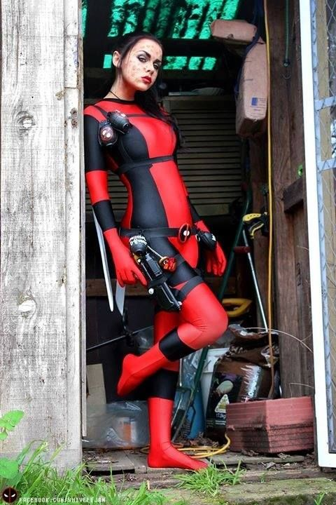 #Cosplay: #Rule63 Lady #Deadpool