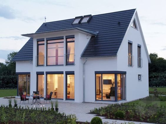 Hausbau ideen modern  Die besten 20+ Satteldach Ideen auf Pinterest | Satteldach modern ...