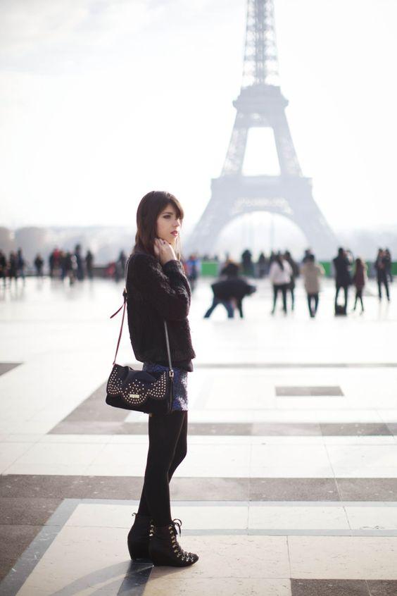 #BettyxLancaster #paris #eiffeltower #bettyautier #lancasterparis #lancaster #bag (Pic by Betty Autier)