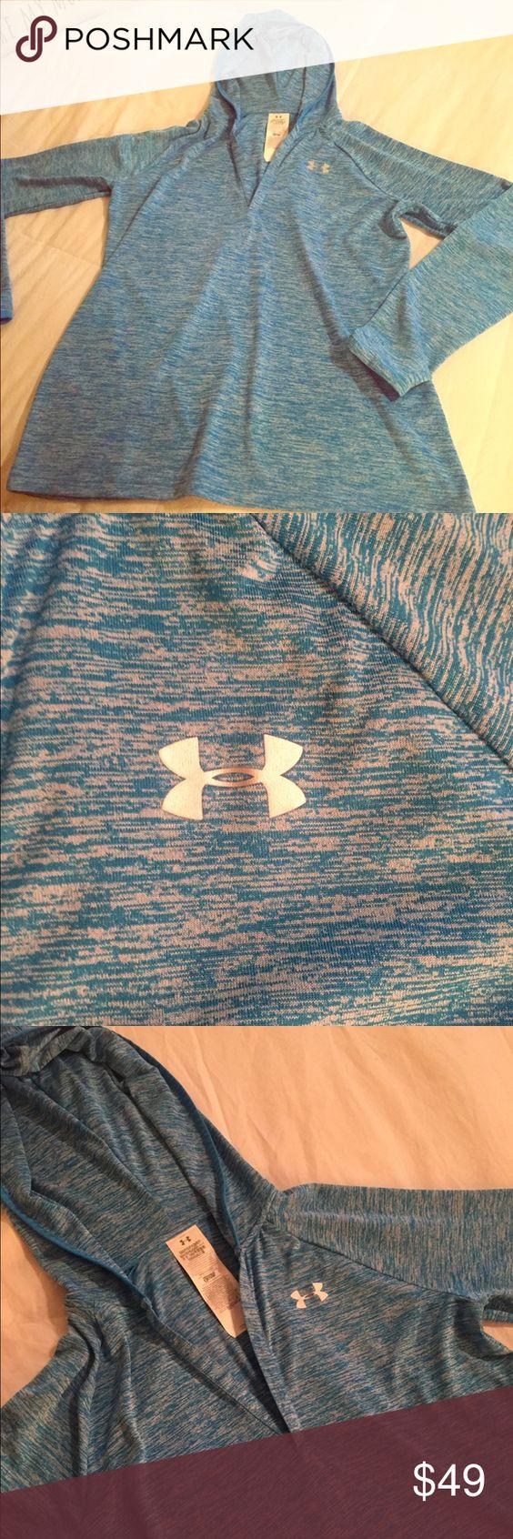 Under Armour Active Wear Hoodie Small Under Armour loose hoodie - only worn once! Under Armour Tops Sweatshirts & Hoodies