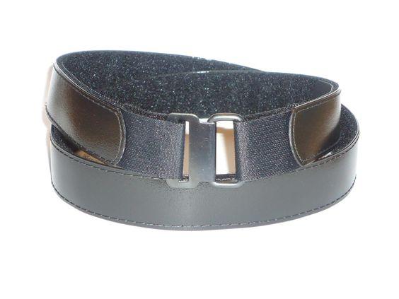 "Slimware comes in three sizes.  Small 32"" to 36"" / Medium 35"" to 39"" /  Large 38"" to 42"".  www.hartwares.com, www.amazon.com/Flat-Buckle-Belt-Slimware-Black/dp/B00CWHLU94/ref=sr_1_1?ie=UTF8=1372905287=8-1=hartwares+belt"