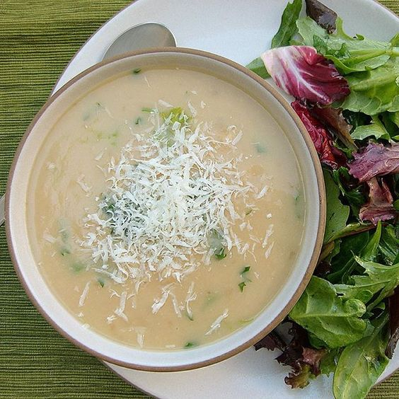 Meatless Monday dinner tonight: potato and white bean soup, mixed green salad.  Super easy, creamy and flavorful, a family favorite for years.  Recipe on the blog! #vegan #vegetarian #glutenfree #dairyfree #pamelasalzman #meatlessmonday #dinner