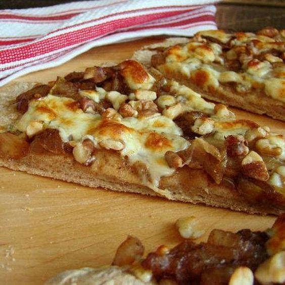 Gourmet Pear, Walnut & Gorgonzola Pizza Recipe