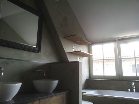 badkamer afwerking met microbeton. http://www.decocement.nl  Olijfgroene microbeton gecombineerd met   gestoomd eiken. Landhuisstijl badkamer afwerking.