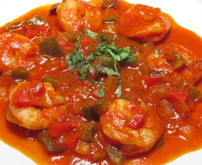 Si te gusta el sabor criollo prueba estos ricos camarones en salsa criolla.