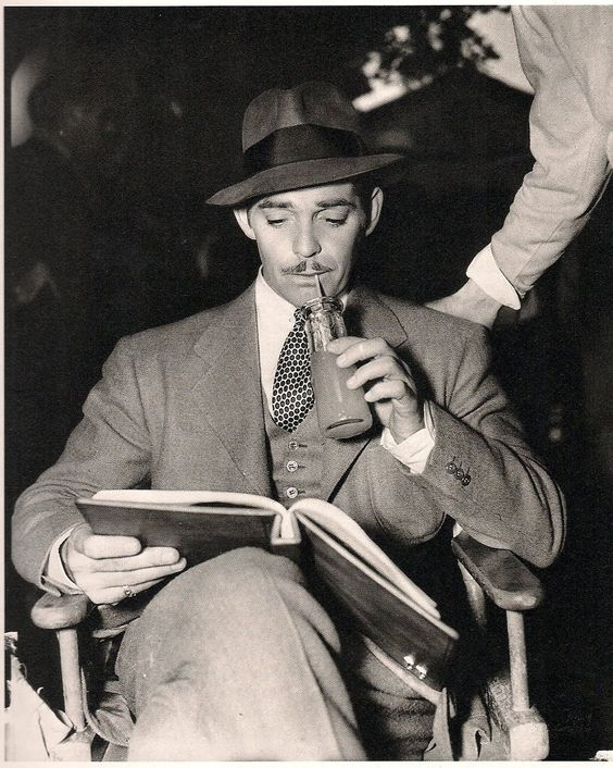 Clark Gable reads.