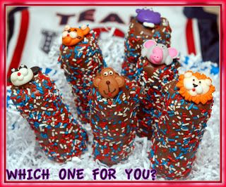 JULY 4TH MARSHMALLOW POPS...these have caramel in them...yum.  I'd like them better dipped in white chocolate.