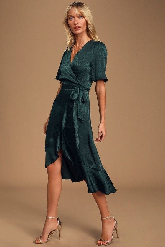 100 Bridesmaid Dresses Perfect For Your Fall Wedding In 2020 Green Lace Dresses Satin Wrap Dress Green Midi Dress