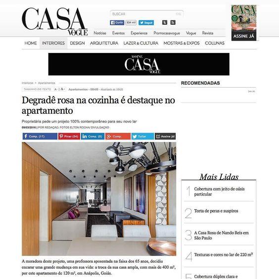 [CASA VOGUE] edição Março 2016 Projeto @designstudiogb Mobiliário adornos e tapete: #CASAMIX #showroom2016 #decor #love #sofa #colors #tapete #cores #furniture #wood #cool #project #furnituredesign #decoration #fashionhome #instagood #design #interior #homestyle #home  #decoracao #interiordesign #rug #fashiondecor #photoftheday #homedecor #style by casamixebossa