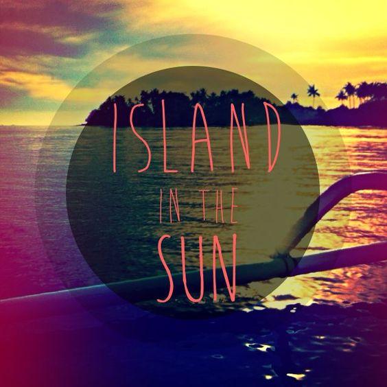 Weezer – Island in the Sun (single cover art)