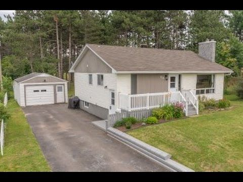 555 Ganges Court, Oromocto - Sarah Justason - Re/Max Group Four Realty