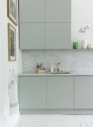 Google Afbeeldingen resultaat voor http://www.remodelista.com/files/styles/733_0s/public/img/sub/uimg/04-2013/emma-persson-lagerberg-kitchen...