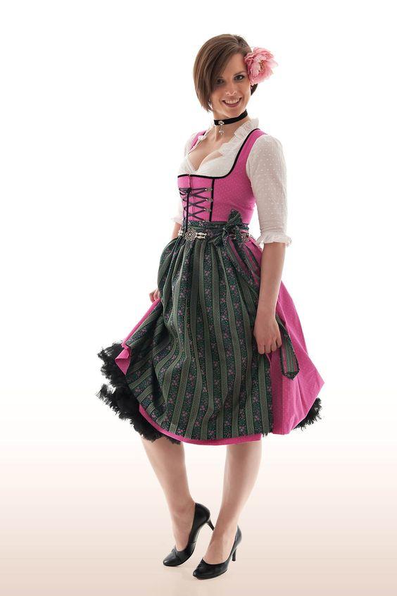 Frech & farbenfroh  Hübsches Dirndl Katharine  Klassisches Dirndl im modernen Look