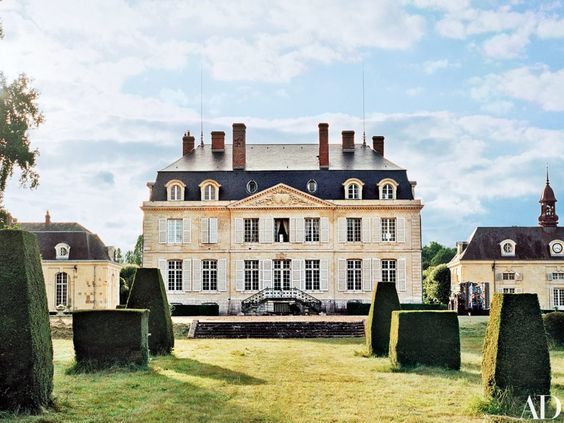 flore-de-brantes-french-chateau-ad-2016-habituallychic-001: