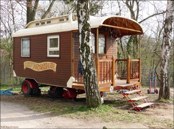 Historischer Zirkus-Wohnwagen auf dem Killesberg in Stuttgart :-)