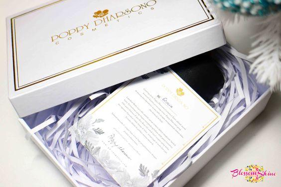 December ini dapat Paket Lippen dari Poppy Dharsono