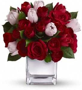 Teleflora's It Had to Be You Bouquet in Lake Orion MI, Amazing Petals Florist: