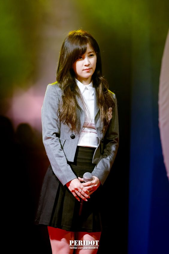 Chorong! Hosan University Festival | Cr: peridot0415