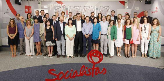 Primera fotografía de la nueva Ejecutiva Federal del PSOE (2014)