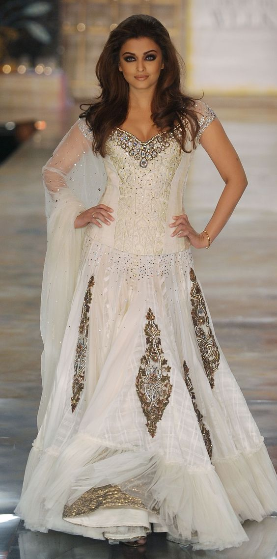 Indian bridal, Asian wedding, bridal dress, bridal gown, wedding dress: