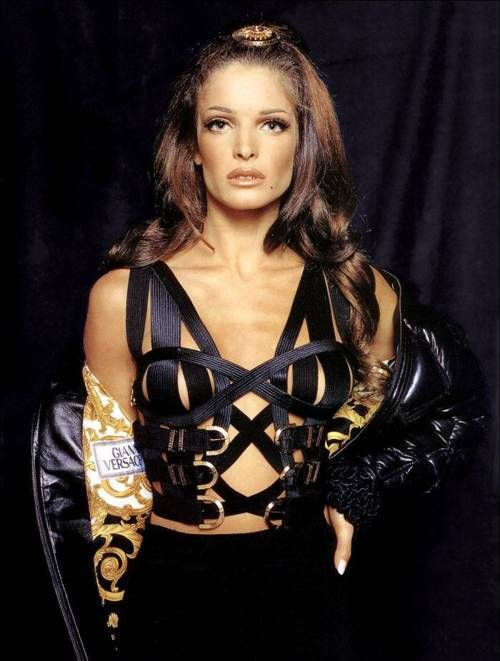 Stephanie Seymour wearing Versace. This corset/ bodice is amazing.