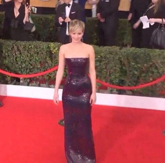 Jennifer Lawrence. SAG Awards. red carpet