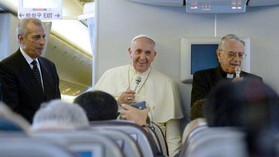 Disso Voce Sabia?: Papa menciona perspectiva de sua morte pela 1ª vez e admite possível renúncia
