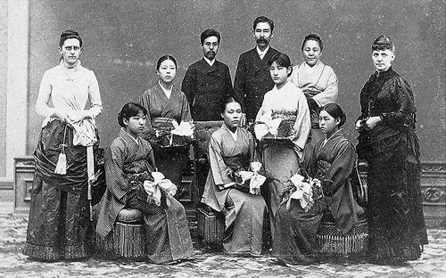 1889年 同志社女学校卒業式   古写真, 歴史, 文化