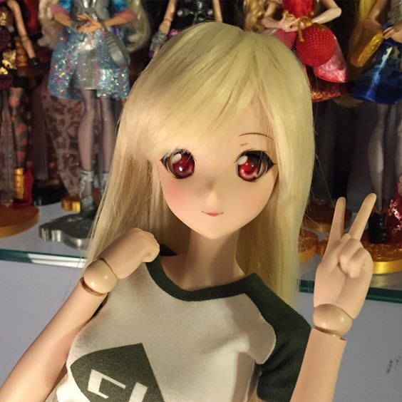 Smart Doll Ivory by ericataveras