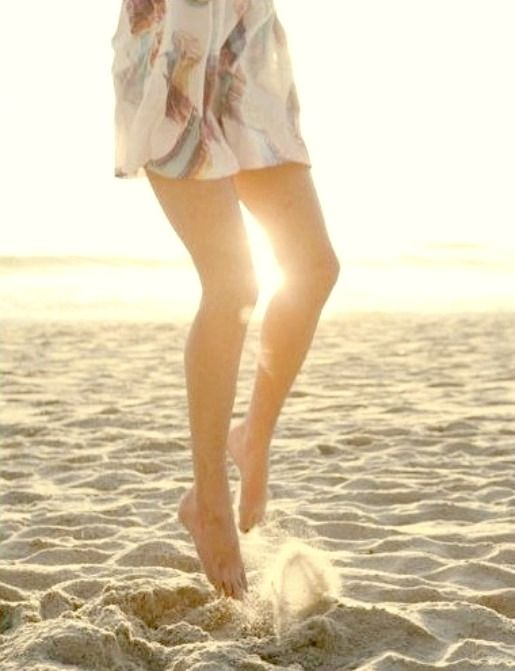dancin in the sand!: Sandy Beaches, Happy Dance, Beach Photography, Beach Life, Summer Feeling, Sandy Toes, Happy Life