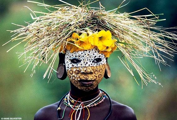 ::: The Travel Photographer :::: Hans Silvester: Omo Valley Fashion: