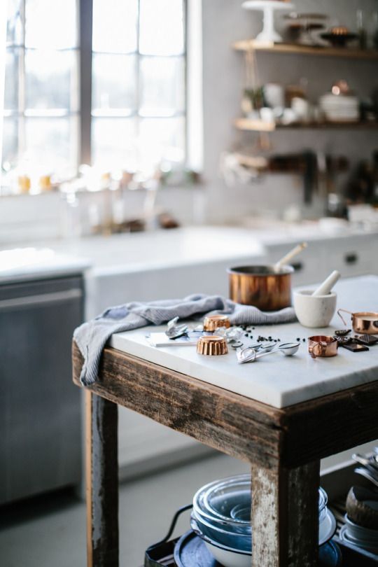 CLICK NOW to see more of this stunning modern farmhouse kitchen with lovely kitchen decor which is both rustic and elegant. #kitchenideas #kitchendecor #farmhousekitchen #modernfarmhouse #bethkirby #rusticdecor #interiordesign