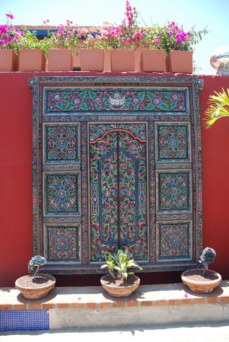 ~ Hotel California, Todos Santos: an old door in the inner yard ♥